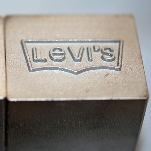 Levis-stamp-500w